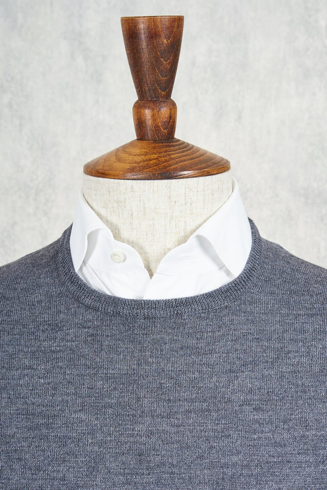 Ascot Chang Light Grey Extra-Fine Merino Wool Round Neck Sweater